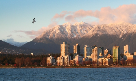 Photo: Vancouver West End. From Wikimedia Commons - Socceronly