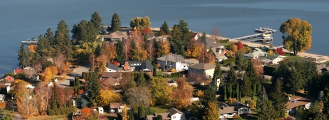 Panorama of Crescent Beach and nature in the fall. Photo credit: CC-BY-NC-SA - Flickr: Jeremy Hiebert