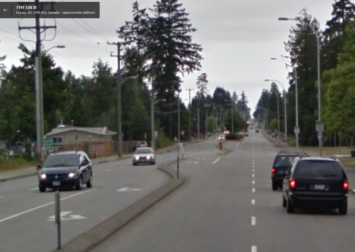 Looking south on 128th Street from 72nd Avenue, at the crosswalk-less stretch. Courtesy: Google Street View